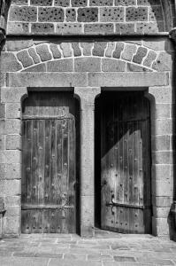 doors-1445696-m